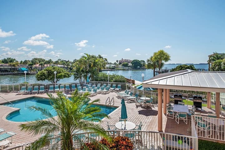 Access to Tradewinds amenities when staying here!
