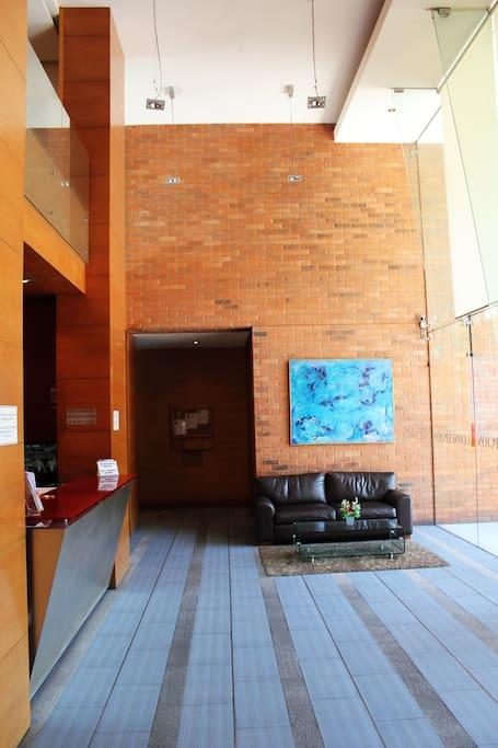 Hall de entrada al Edificio