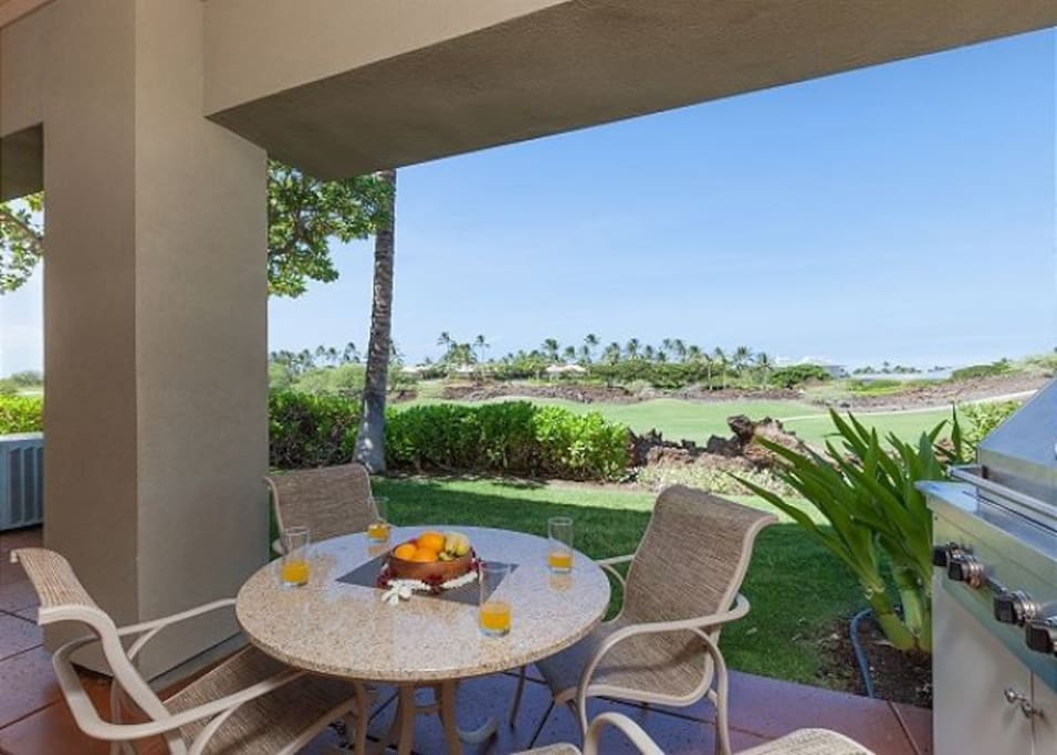 Spacious Lanai with Private BBQ