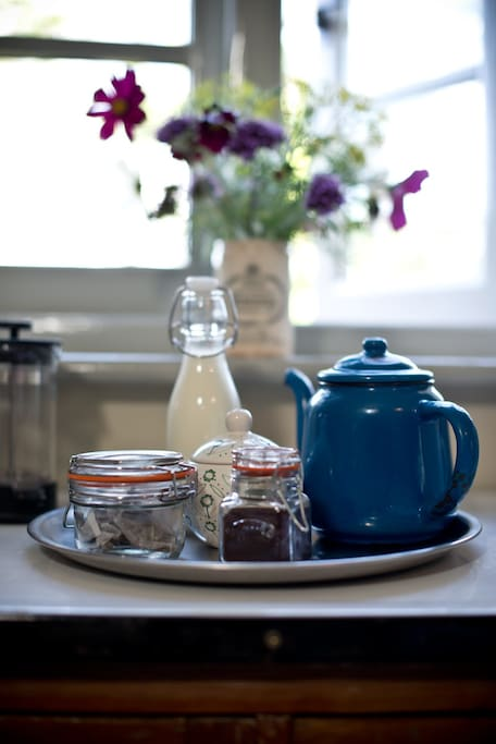 Tea and coffee in your room...with proper milk in your fridge!