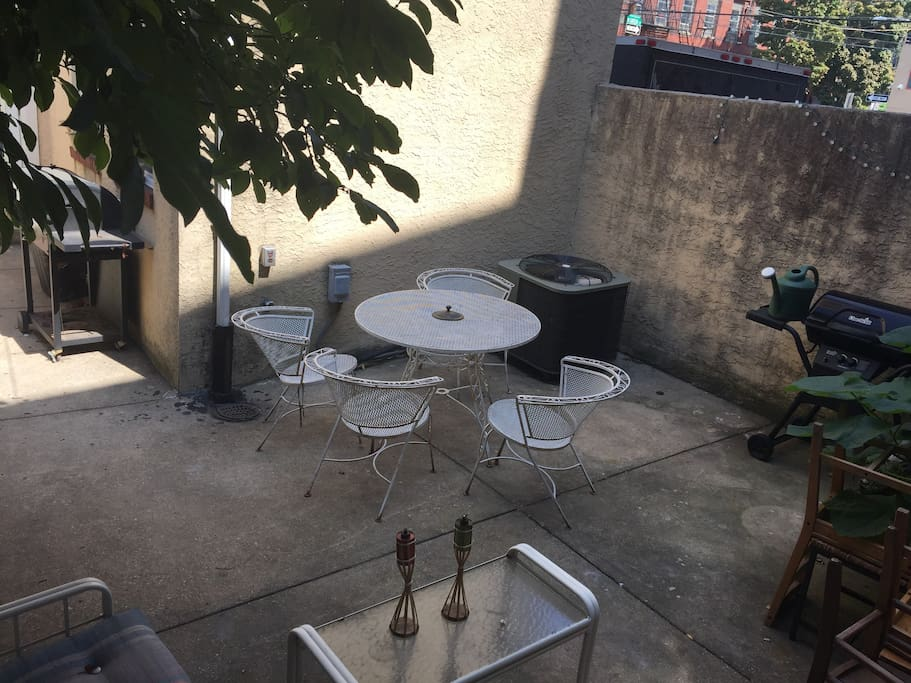 Outdoor Seating Included