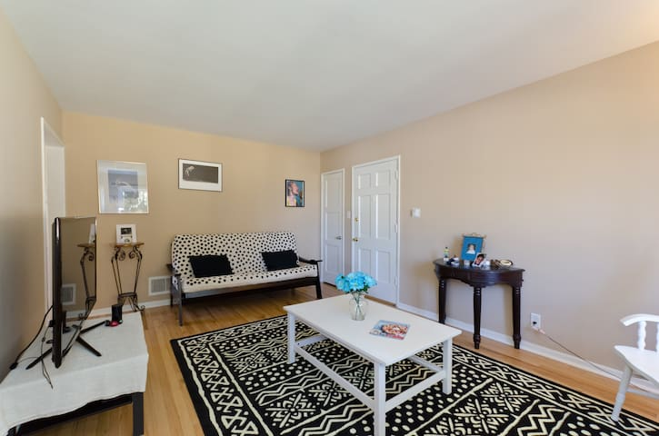 Lovely, quiet garden apartment - Los Angeles - Apartament