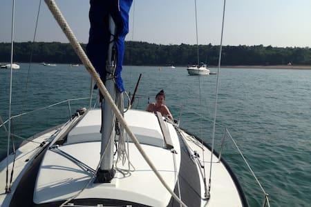 Marina Glamping on cosy yacht - Swanwick - Båt
