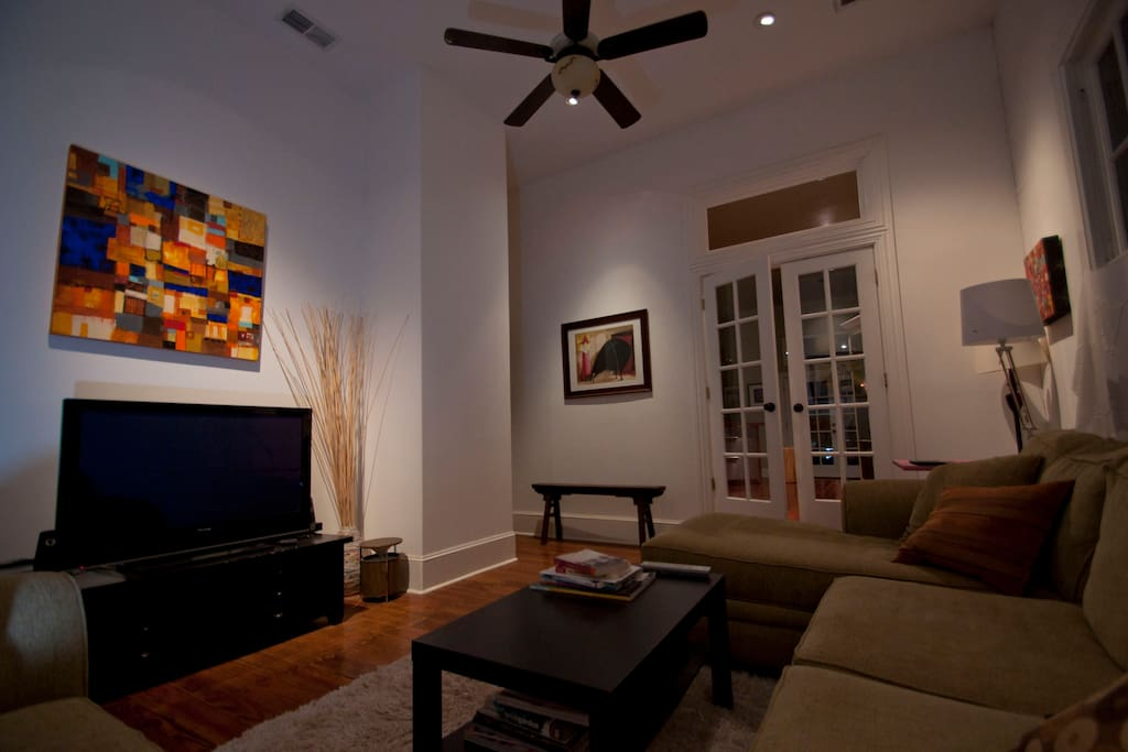 Living room with cable TV, HBO Showtime etc.