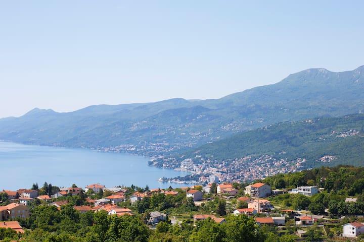 App Kvarner in Villa Kastav (2+1 person) Sea view