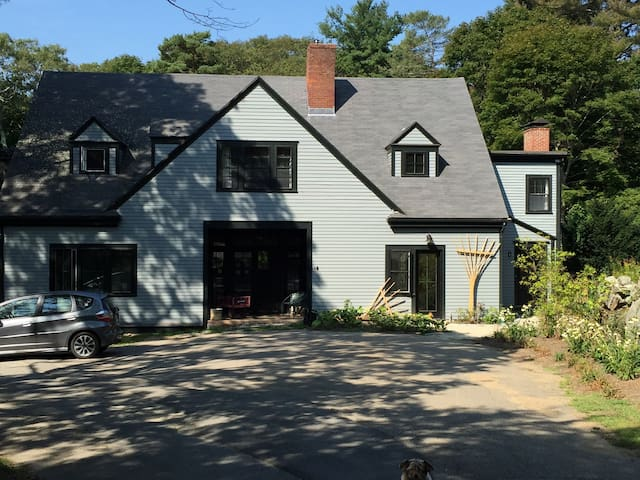 Charming Cottage w/fireplace - Manchester-by-the-Sea - Casa
