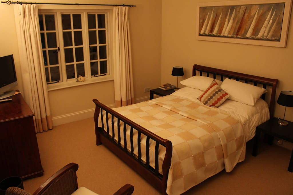 Bedroom - TV, Double Bed, Country Views, Storage