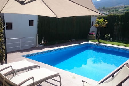 Luxury villa with private pool - Monachil