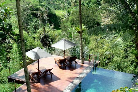 Villa Kalisha - Totally Renovated Nov 2016 - Ubud - Huvila