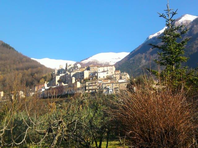 relax tra i monti della ciociaria - San Donato Val di Comino - Apartment