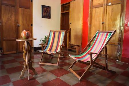 Tropical Room, Casa del Poeta. - Granada