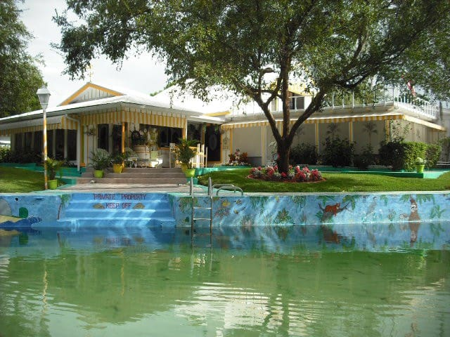 Beautiful home on the Weeki Wachee - Weeki Wachee - Dom