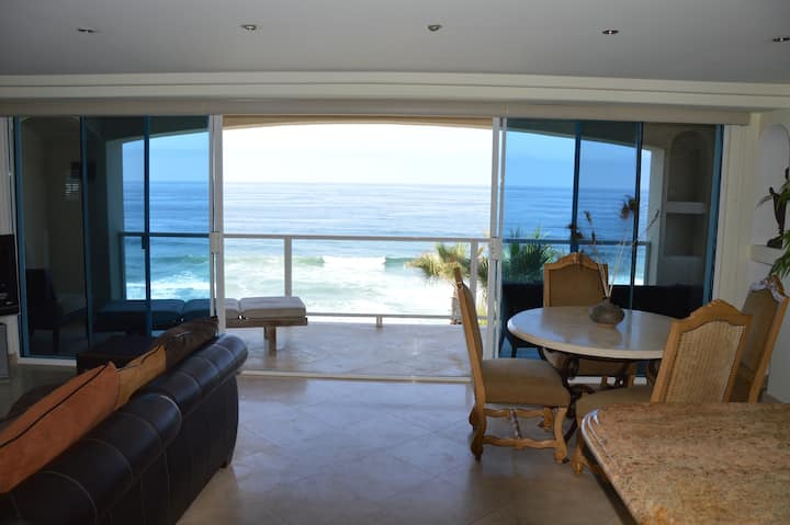 Exclusive Luxury Ocean Front Retreat -Rosarito MX