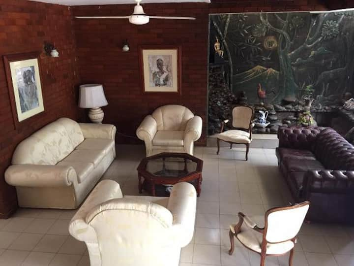 Home away from home on your holiday in Colombo 5