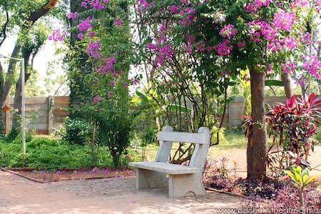 Delightful Rooms near Auroville - Bommayapalayam
