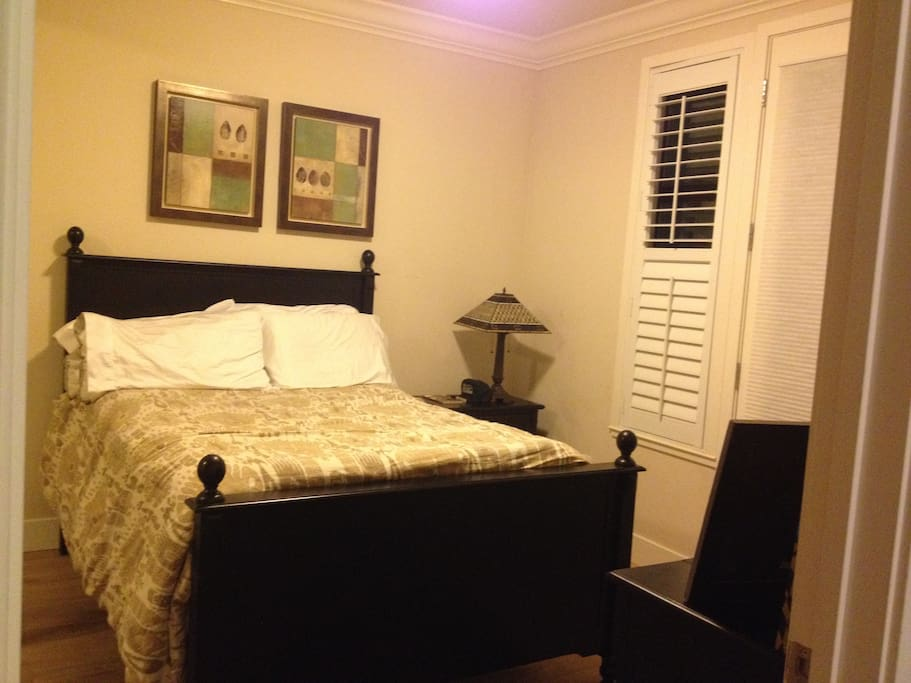 The room includes a Queen size bed, desk & chair, night-stand and large closet. It has hard-wood floors. The bathroom has been beautifully designed functions.