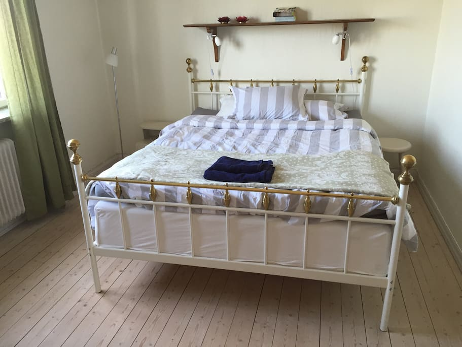 Great double bed, 1,60 metres