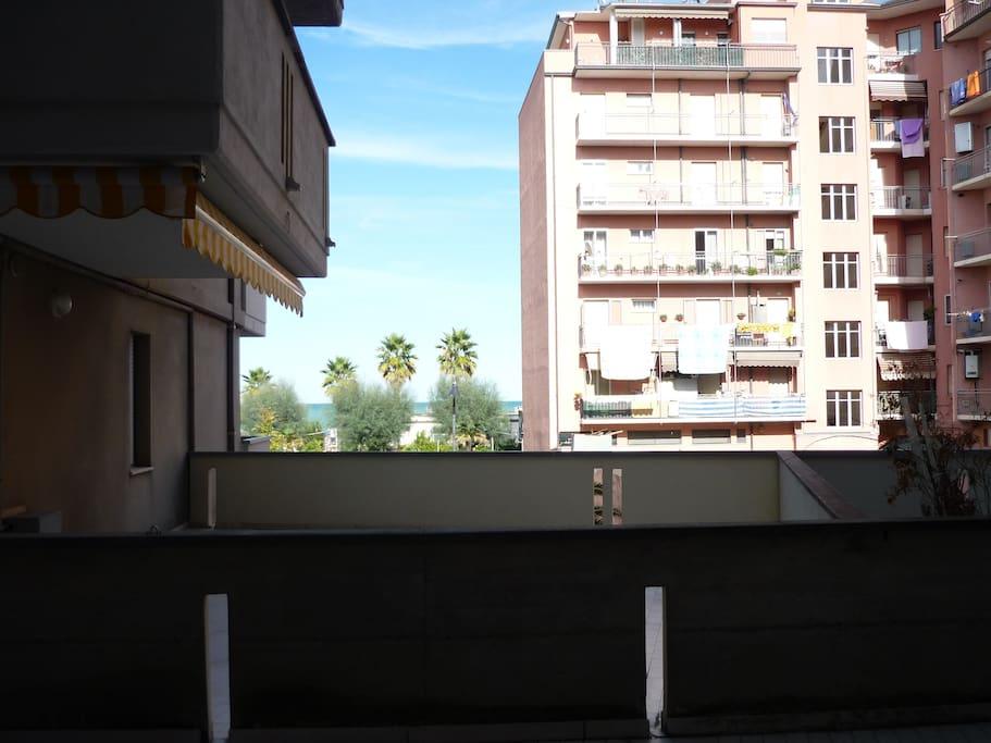 pianerottolo del balcone