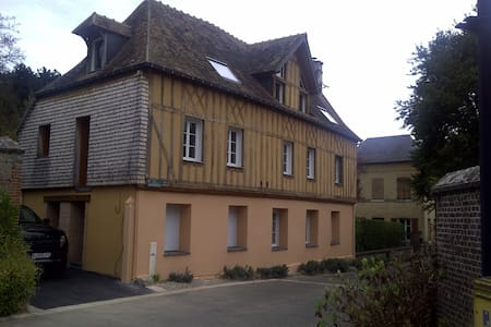 Belle maison Normande au calme - Saint-Cyr-la-Campagne - 独立屋