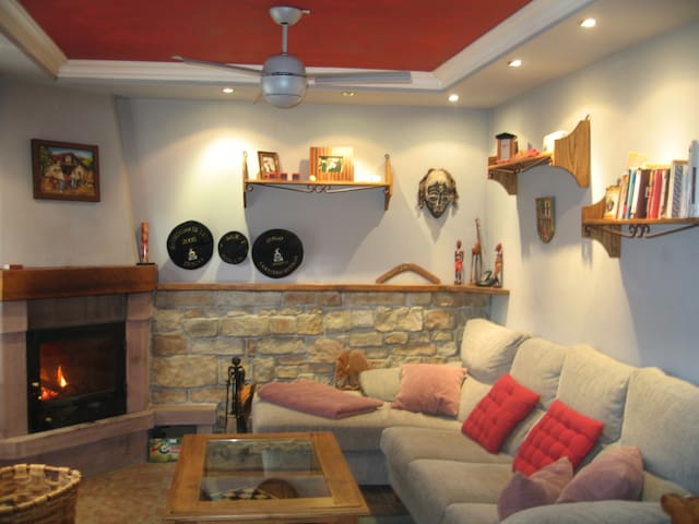 Lovely  well decorated Basque house - Baztan - House