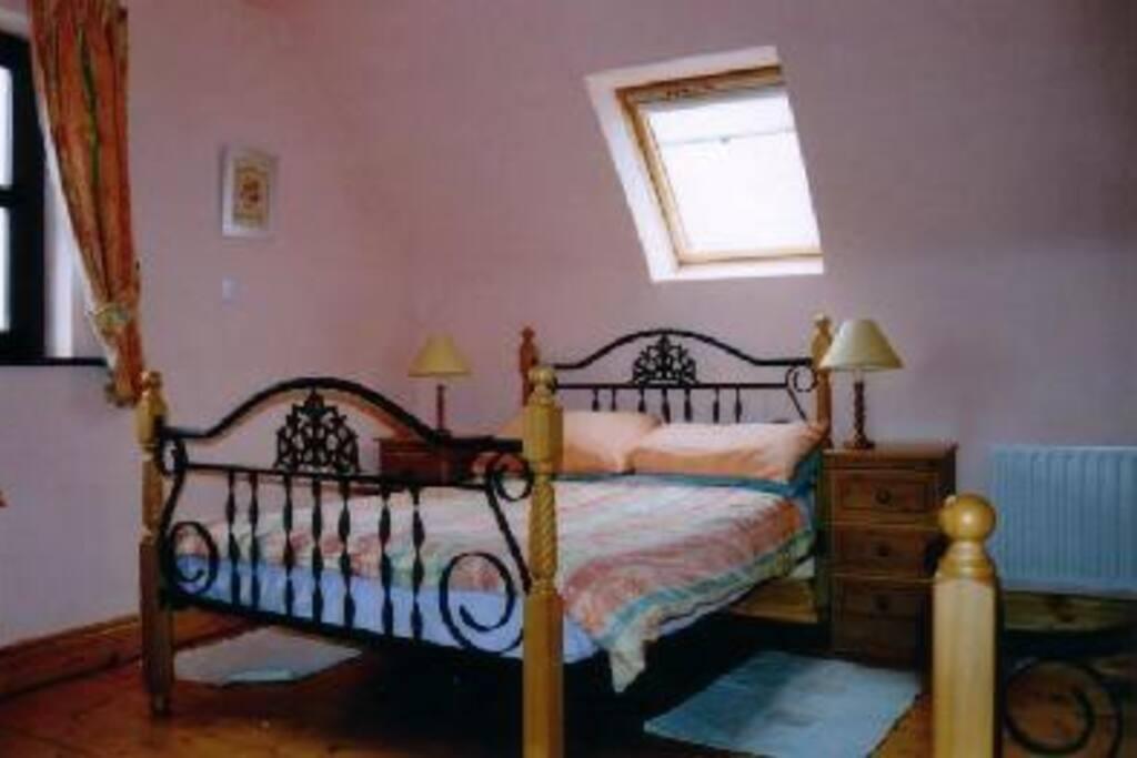 Upstairs triple ensuite bedroom