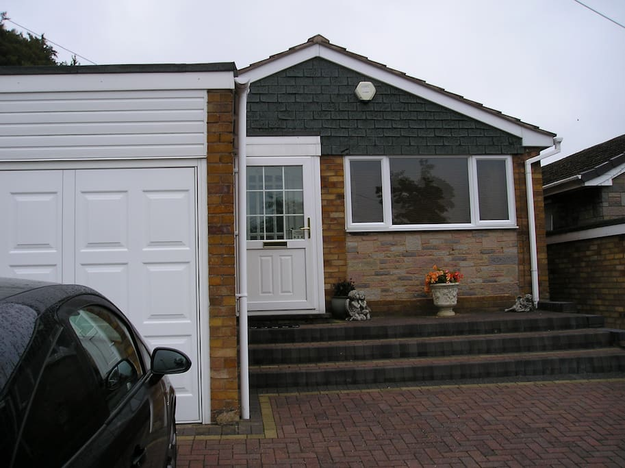 Single Rooms For Rent In Coventry