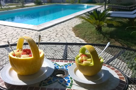 B&B Villa Romina - Piscina/solarium - Villaggio Adriatico - Bed & Breakfast