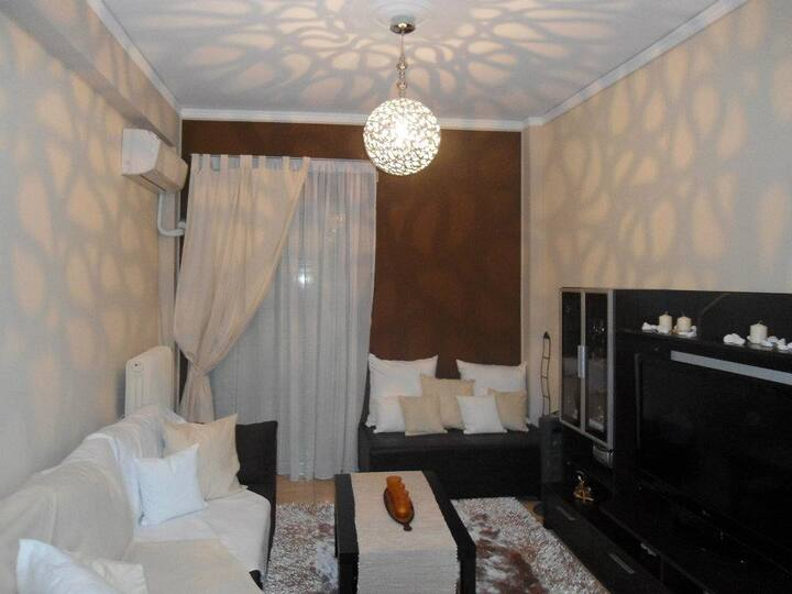 Renovated, Lux 50sqft flat