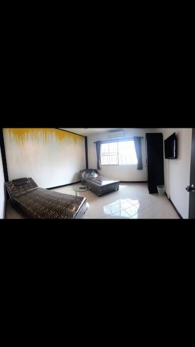 Bedroom_ Chic Chic