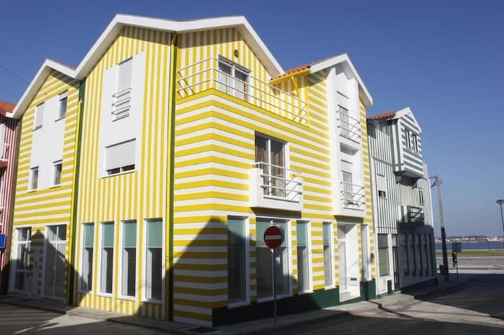 Casa típica da Costa Nova - Gafanha da Encarnação - Квартира