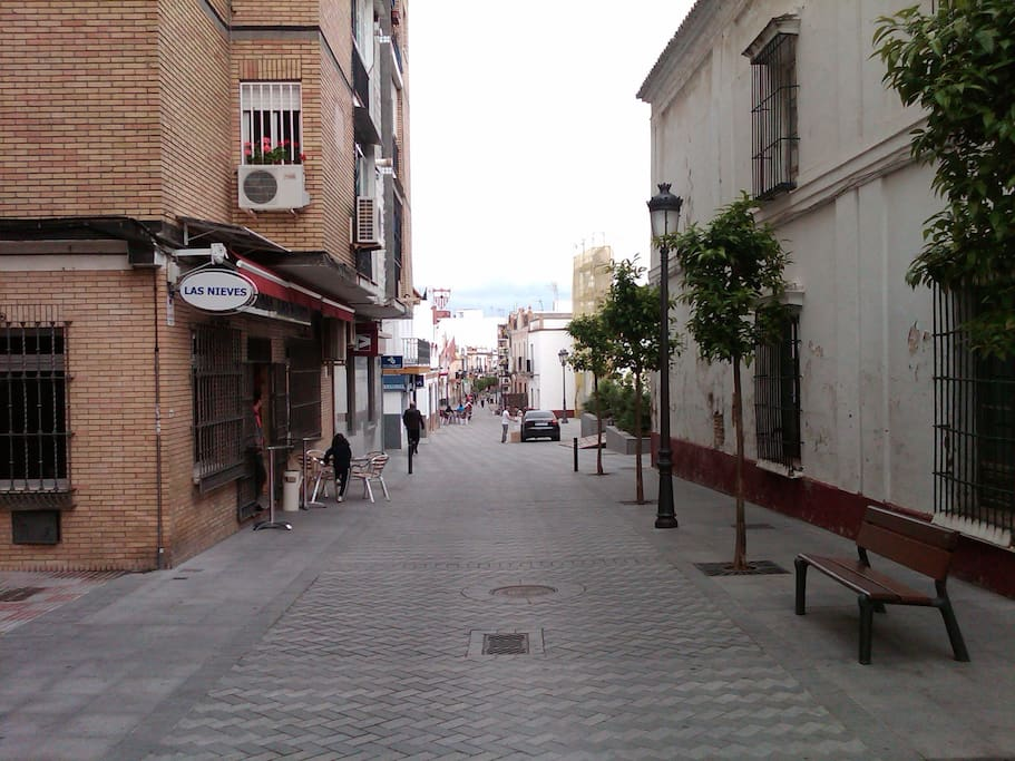 Located in the main street of Tomares