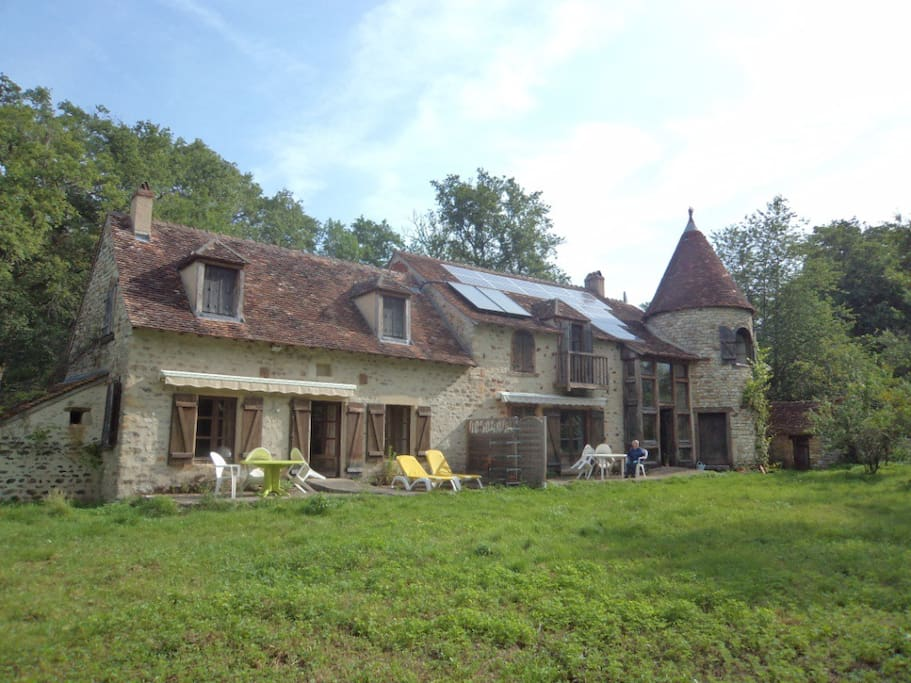 Chambre orange dans ancien moulin a eau maison d 39 h tes louer lignac centre france - Chambre d hotes orange ...