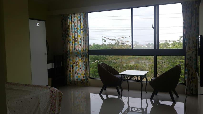 台南河岸包棟民宿