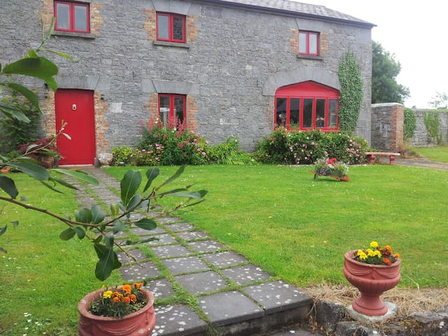 Ballyhannon Coach House, Near Quin, Co. Clare