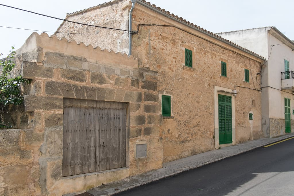 Imagen de la casa desde la calle