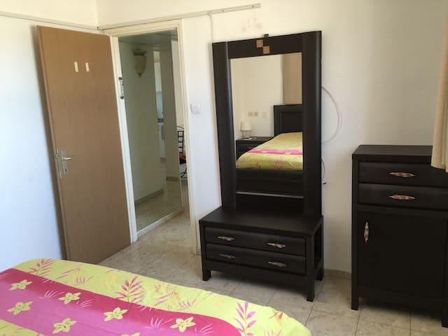ASHDOD 2 PIECES 50 M DES PLAGES - Ashdod - Apartamento