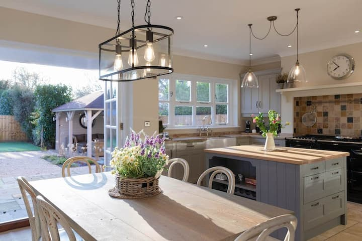 Brockwell, 200 year old house recently refurbished to a luxury standard