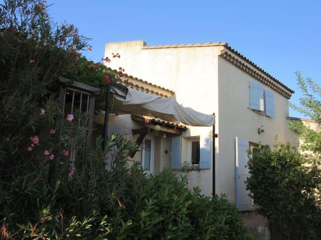 Maison en Provence la Fare les Oliviers