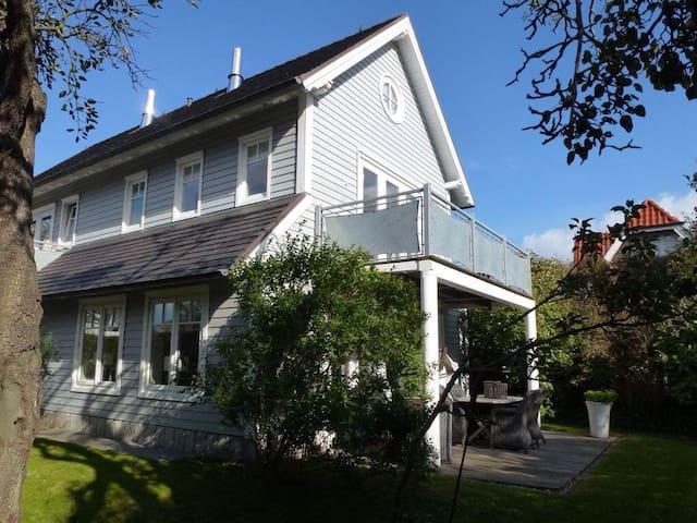 Strandhaus Long Island 1 - Wenningstedt-Braderup - Huoneisto