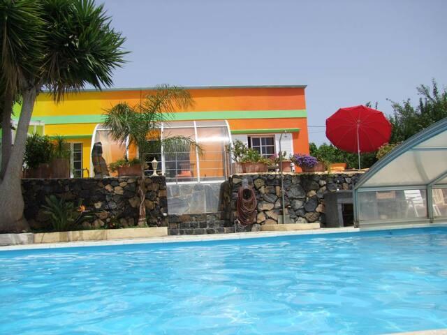 Finca Sambal - Haushälfte Mango ca. 75qm² - El Paso - Apartment