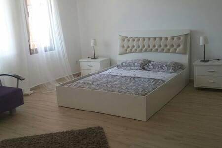 Cozy room in quiet Gokova. - Gokova / Ula - House