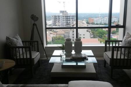 Executive Apartment. Sandton Skye - Sandton - Lejlighed