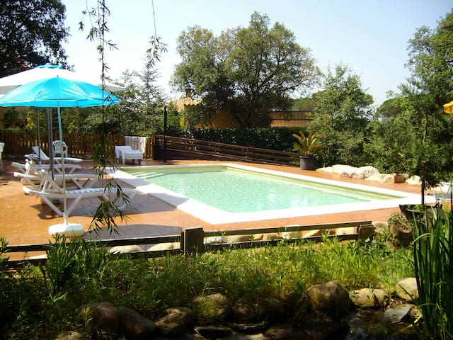 Lovely villa  with saline pool for 7 guests - Sils - Casa de campo