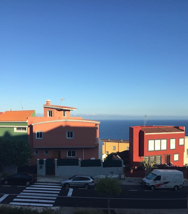 Vista exterior al Océano. Ocean view.