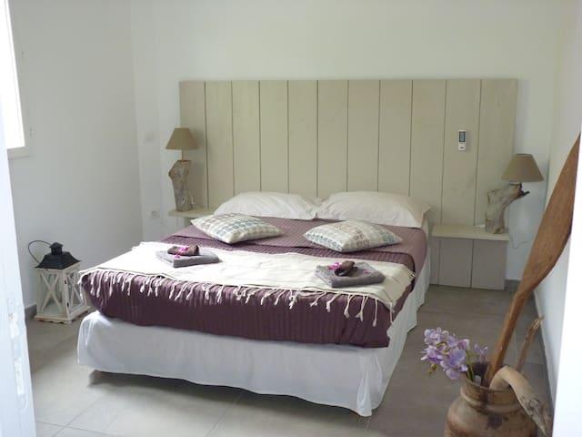 chambre bamb'ô à la villa d'ô, VUE LAGON