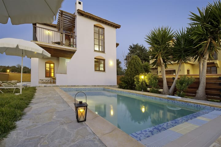 2 Bed Villa  Latchi Blue Flag Beach