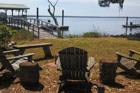 Direct Deep Waterfront with Dock - near Savannah