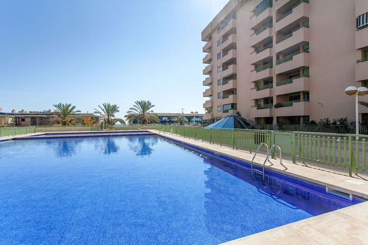 RENTAL WITH POOL IN SPAIN - BEACH!