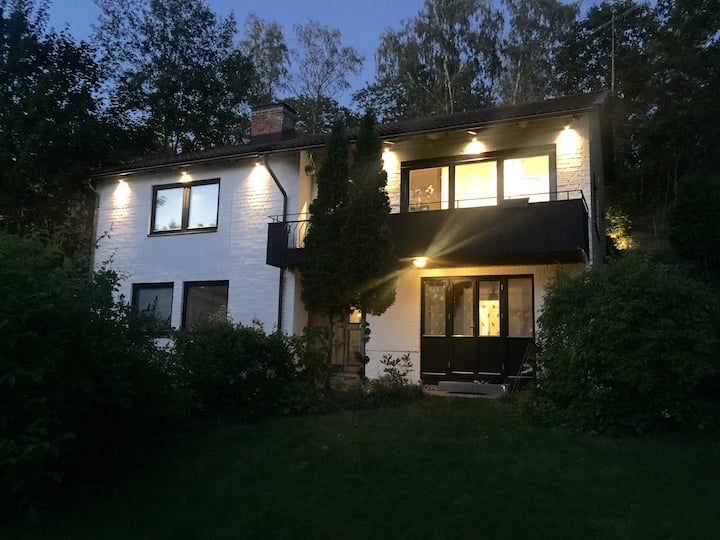 Fantastic luxury villa 20min -Sthlm