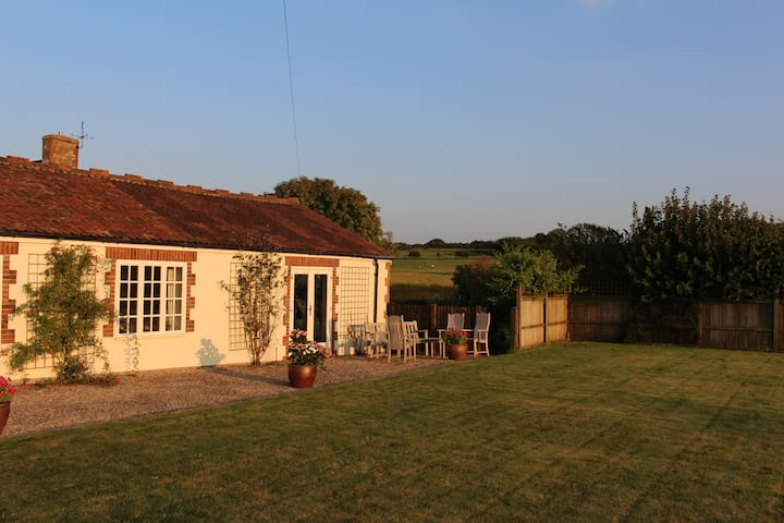 Bristol - Country Barn Conversion - Lower Failand